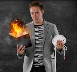 Afbeelding › Lars van Tuijl - Magisch Entertainer